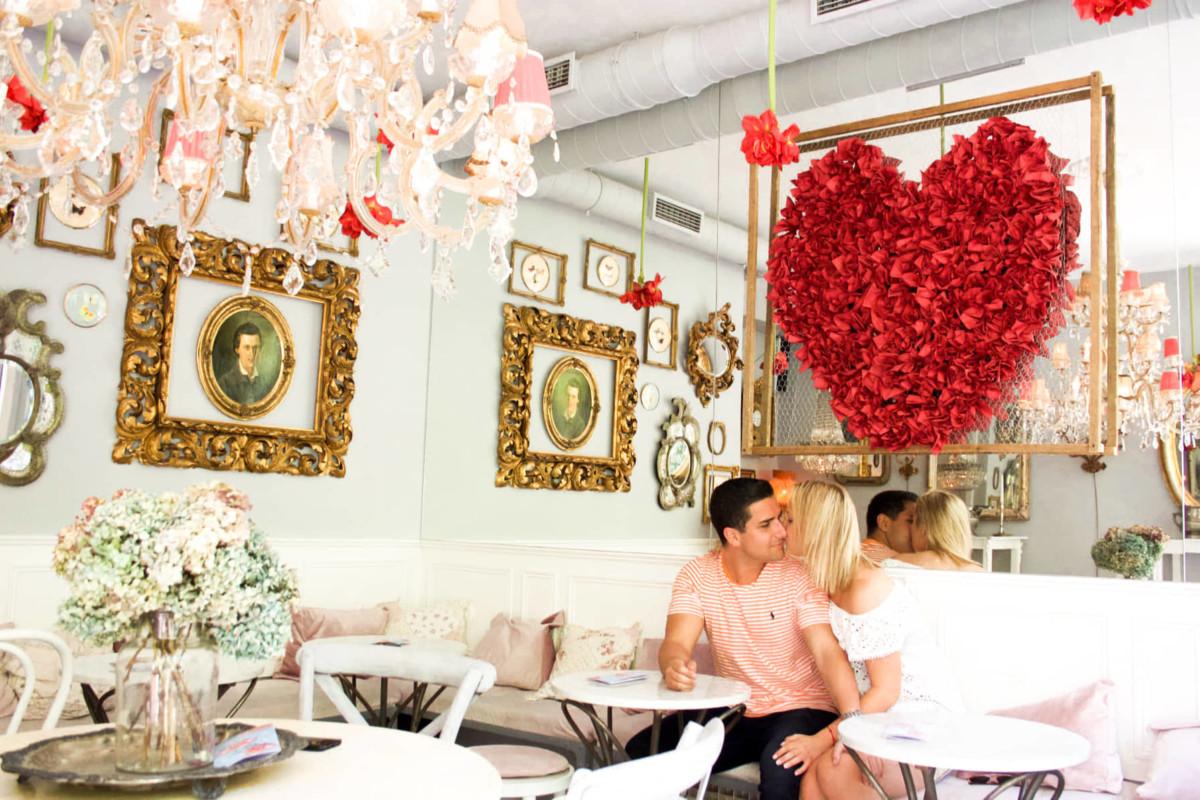 "Caffe Bar Finjak, The Most ""Instagrammable"" Cafe in Zagreb ・Croatia"